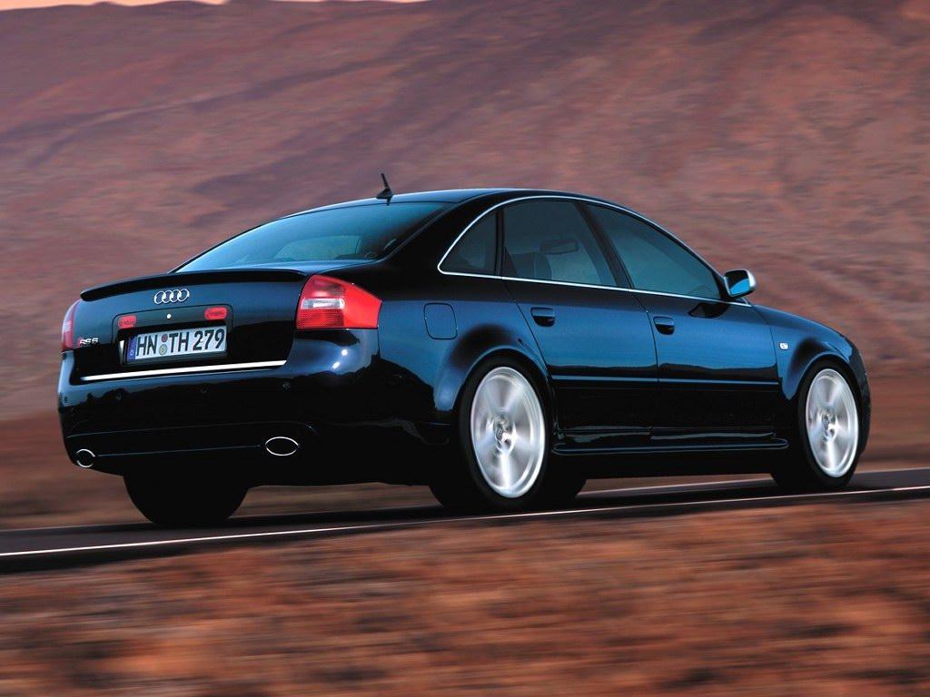 Audi RS6 Sedan Black