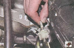 наконечник троса привода выключения сцепления
