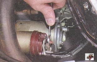 проверка затяжки контактных соединений цепи стартера