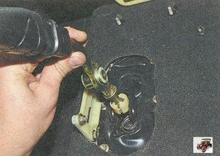 шаровой шарнир с рычагом переключения передач