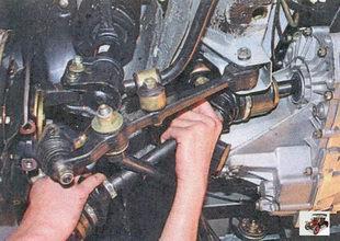 снятие левого привода передних колес Лада Приора ВАЗ 2170