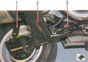 элементы задней подвески Лада Приора ВАЗ 2170: 1 - амортизатор задней подвески; 2 - балка задней подвески; 3 - сайлентблок (резинометаллическая втулка)