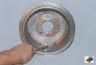 снятие буртика со старого тормозного барабана