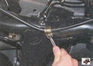 гайка крепления держателя троса ручного тормоза