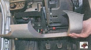крышка блока предохранителей и реле монтажного блока