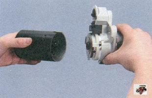 крышка со стороны привода с редуктором и приводом в сборе