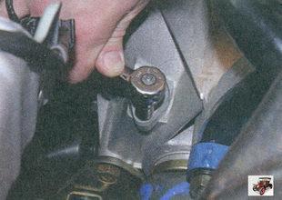 гайка шпильки крепления датчика скорости