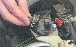 разъем жгута проводов датчика неровной дороги