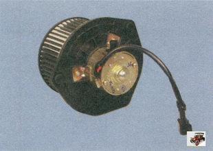 электродвигатель вентилятора отопителя салона в сборе с крыльчаткой