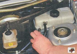 пароотводящий шланг радиатора отопителя