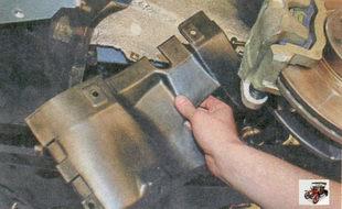 грязезащитный щиток двигателя