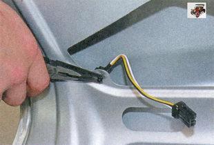 фиксатор держателя жгута проводов