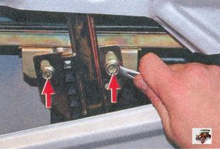 замена бокового стекла передней двери