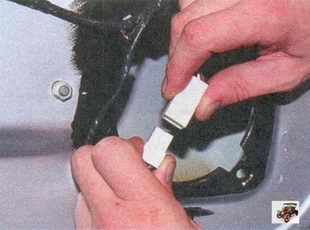 разъем жгута проводов стеклоподъемника