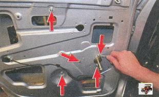 гайки крепления редуктора; гайки крепления направляющей стеклоподъемника