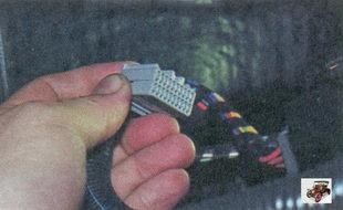 разъем жгута панели приборов блока управления электропакетом
