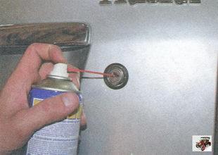 замочную скважину (цилиндр) крышки багажника лада приора ваз 2170