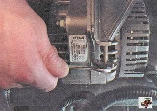 регулировочный болт генератора лада приора ваз 2170