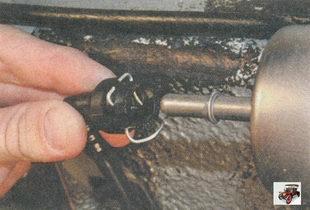 наконечник топливной трубки