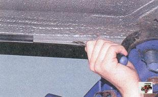 прочистка дренажных отверстий кузова лада приора ваз 2170