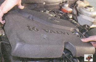 декоративный кожух двигателя Лада Приора ВАЗ 2170