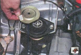 верхний ограничитель подушки задней опоры двигателя