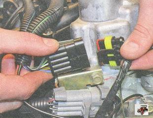 разъем жгута проводов катушек зажигания Лада Приора ВАЗ 2170