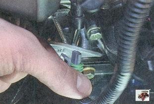 разъем жгута проводов датчика фаз Лада Приора ВАЗ 2170