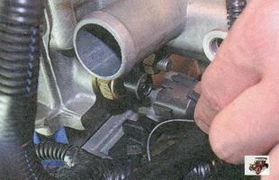 разъем датчика указателя температуры охлаждающей жидкости Лада Приора ВАЗ 2170