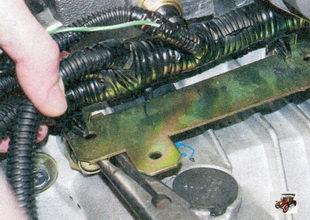 держатели моторного жгута проводов