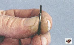сломанные или треснувшие стопорные кольца