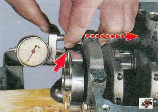 проверка осевого зазора коленчатого вала Лада Приора ВАЗ 2170