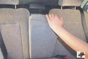 подлокотник спинки заднего сиденья