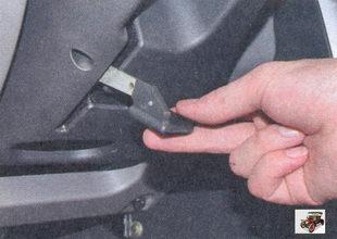 блокирующая рукоятка для регулировки рулевой колонки лада приора ваз 2170