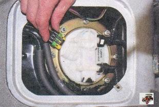 разъем жгута проводов топливного насоса