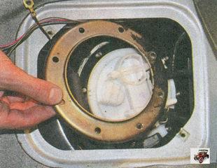 кольцо удерживающее бензонасос