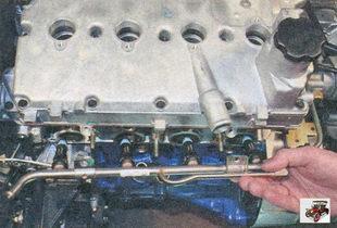 снятие топливной рампы Лада Приора ВАЗ 2170