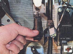выключатель стоп сигналов ford bronco