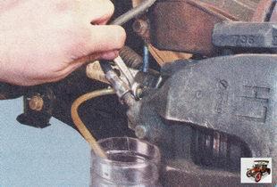 Замена тормозной жидкости своими руками форд фокус 2