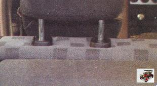 подголовник заднего сиденья