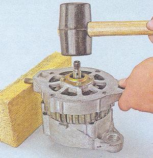 спрессовка крышки генератора со статора