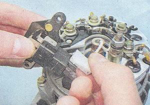 колодка провода регулятора напряжения