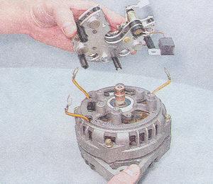 выпрямительный блок генератора - конденсатор генератора