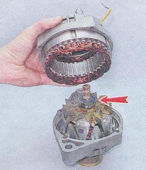 статор генератора - задняя крышка генератора