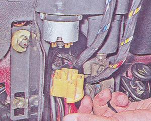 колодка жгута проводов замка зажигания ваз 2107