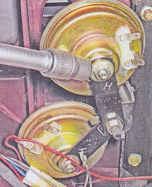 гайка крепления звукового сигнала ваз 2107