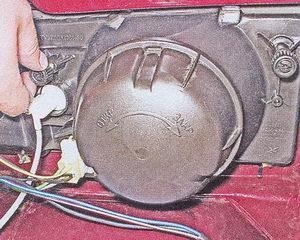 регулировочный винт блок фары ваз 2107