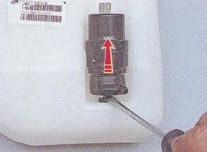 насос омывателя ваз 2107