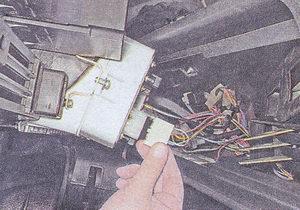 колодки жгутов проводов панели приборов ваз 2107
