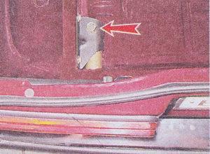 болт крепления кронштейна заднего бампера ваз 2107